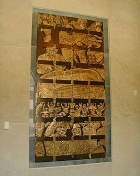 bronze niche